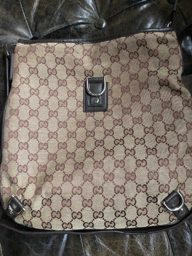 03651a0bac0 Gucci messenger bag