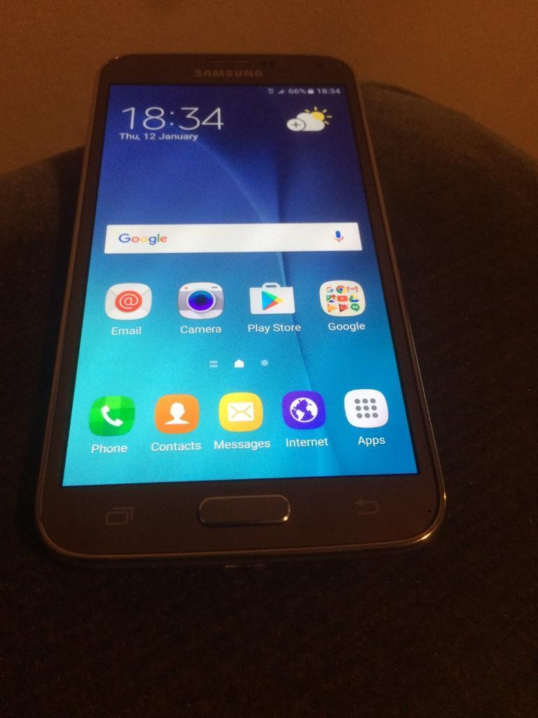 Galaxy s5 neo gold unlockedin Whitechapel, LondonGumtree - Galaxy s5 neo gold unlocked used in great condition condition with charger and earphone no box