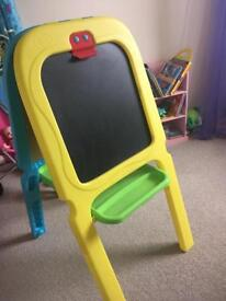 Kids black and white board easel