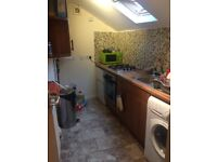 2 bedroom newly refurbished flat AVAILABLE NOW!!!