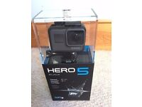 gopro hero 5 brand new ,,,, 2 price deal with or without extras