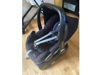 Maxi cosi pebble car seat and isofix base