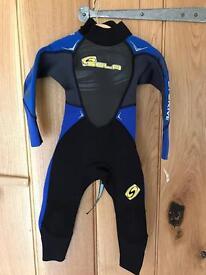 Children's wetsuit, like new.
