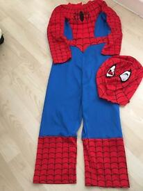 Spider-Man dressing up outfit