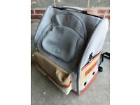 Dog/Cat Pet Carrier Backpack Travel Carrier Bag