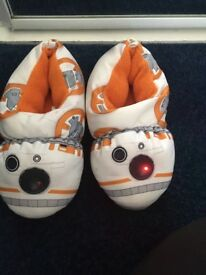 BB8 light up slippers size 13/1