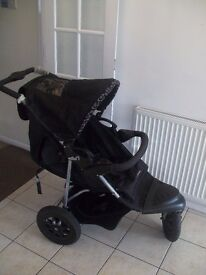 Mothercare Xtreme Stroller (travel system) in a fantastic condition