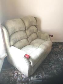 2 Seater Settee Nearly New