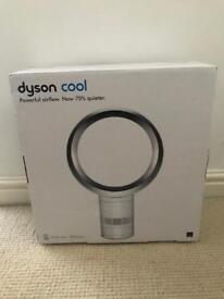 """Dyson AM06 12"""" Desk Fan-White/Silver"""