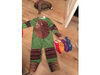 Teenage mutant ninja turtle costume age 5-6