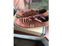 Fred Perry pumps size 9