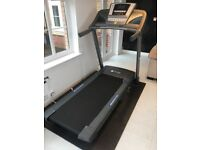 THIS IMET IS NOW SOLD Great Treadmill - Domyos DC-7