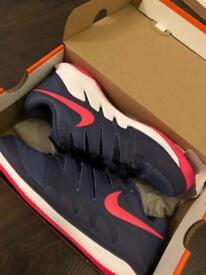 NIKE Tennis Shoes: Zoom Vapor X All Court Shoe Women - Dark Blue, Pink (UK Size 4.5)