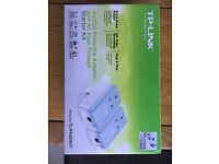 TP-Link AV200 Powerline Adaptor / Home Plug Starter Kit