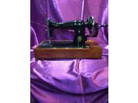Singer Sewing Machine 15k