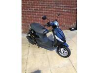 58 plate piaggio zip 100cc , fresh 12 months MOT , excellent condition bike