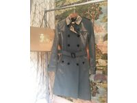Ligthweigth Burberry trench uk size 6