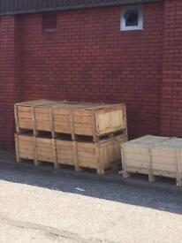 Wooden crates + pallets