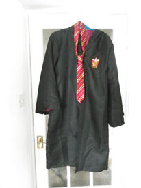 Gryffindor Robes and Tie