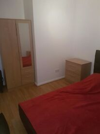Double room to rent in Southgate