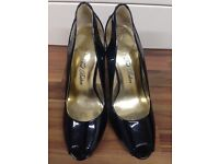 TED BAKER black heels, UK 6, brand new, no box