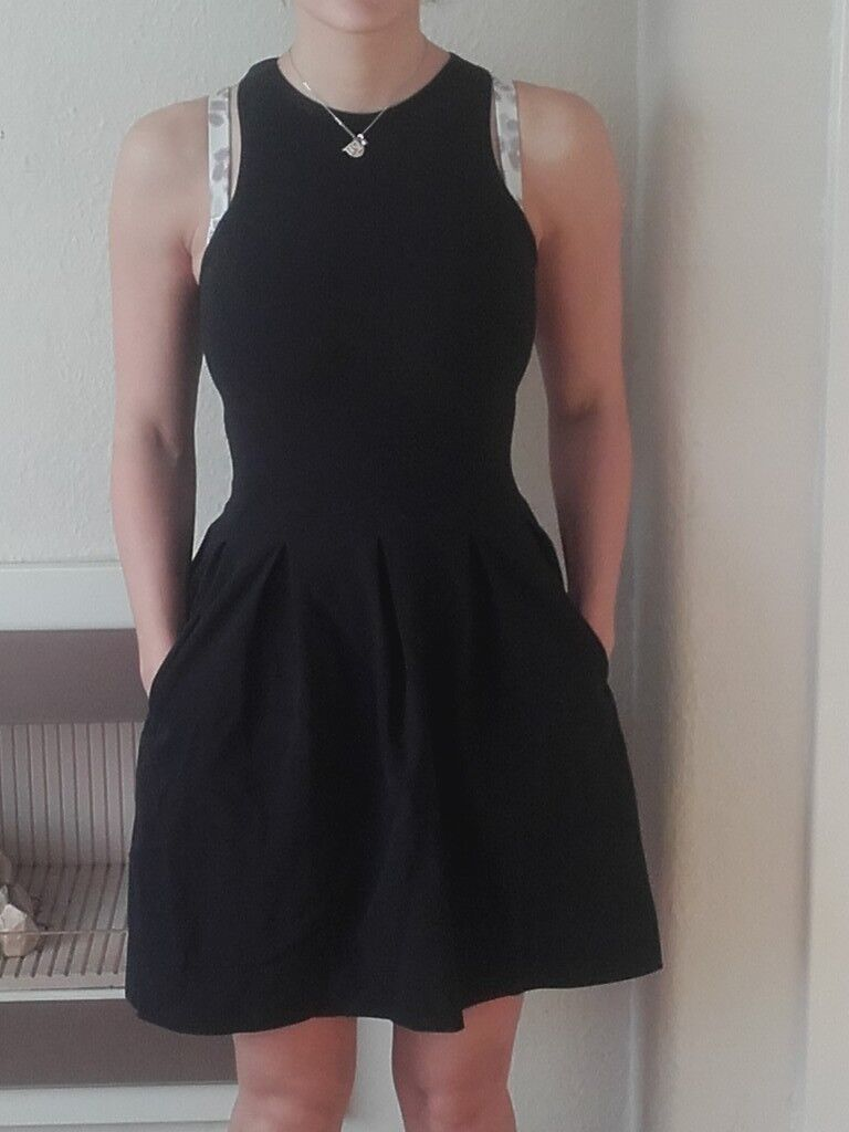 77a83f1f6699c Lululemon here-to-there dress