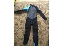 Triboard wetsuit