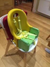 Booster seat with 5 point harness