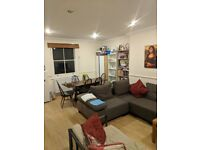 A Delightful 3 Double Bedroom Flat for Rent in Kilburn NW2 4SJ