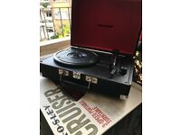 Good-as-new Black, portable, Vinyl Record Player - Crosley Cruiser