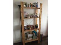 Lovely pine freestanding shelving unit VGC