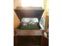 Apollo Junior Sound box, hand wind up, gramophone in working order