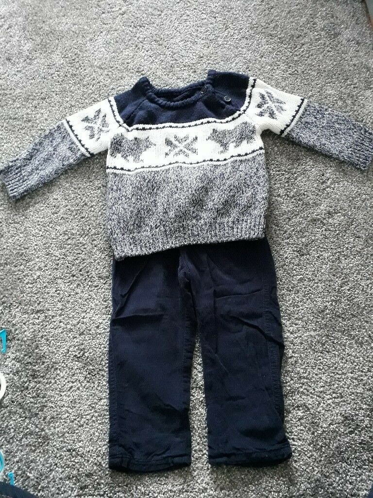 Boys jumper and trousers set 12-18 months.