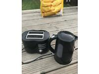 Black kettle and Toaster