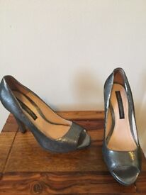 French connection metallic shoes size 4