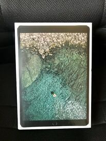 """Brand New iPad Pro 10.5"""" 256gb Wifi and Cellular Un-Opened - 120Hz refresh rate"""