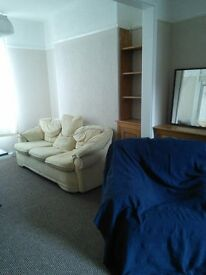 A fantastic 2 bedroomed mid terrace house near to city centre, hospital and university