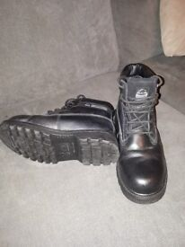 Groundwork safety boots size 10