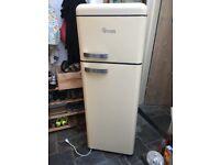 Swan Fridge-freezer £75