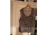 Leopard print top size 20 3xl