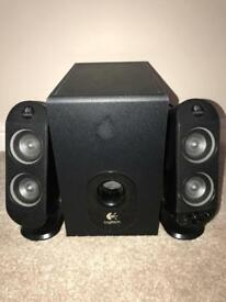 *REDUCED* Logitech Speakers with Sub Woofer System- 32 Watt Excellent Condition