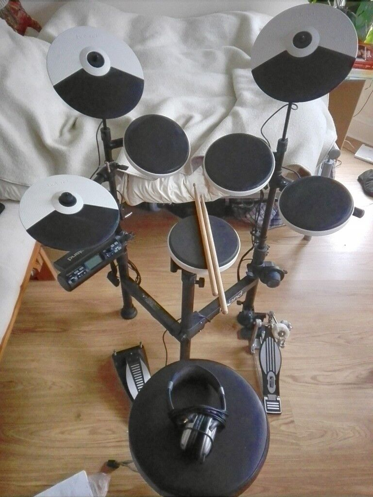 roland td 4kp portable v drums electronic drum kit in brixton london gumtree. Black Bedroom Furniture Sets. Home Design Ideas