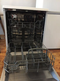 Currys Essential Freestanding Full Size Dishwasher