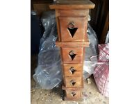 5 draw mahogany chest of drawers suitable for cd storage