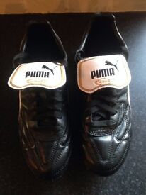 Puma Kings size 8 bargain