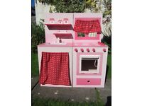 FINAL OFFER: Beautiful Pink Wooden Kitchen and Sink