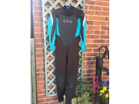 O'Neill Ladies size 14 wetsuit hardly worn