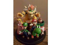 Club Nintendo - Limited Edition Super Mario Bros. Statue