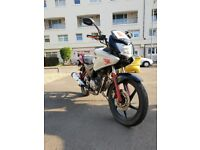 2010 HONDA CBF 125 WHITE/RED £850