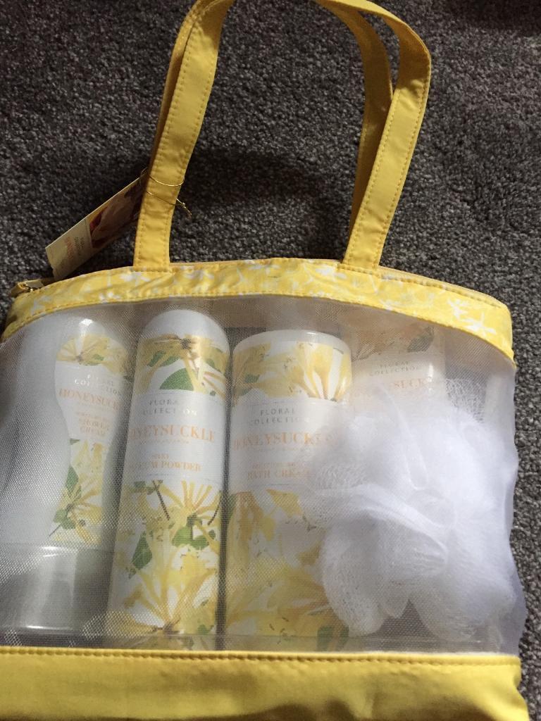 Brand new unopened marks and Spencer honeysuckle gift bag